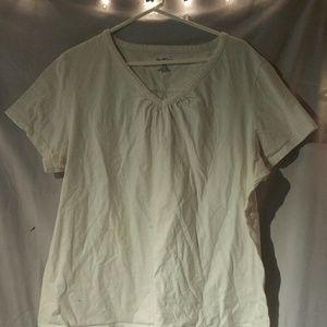North Crest V-neck Tshirt